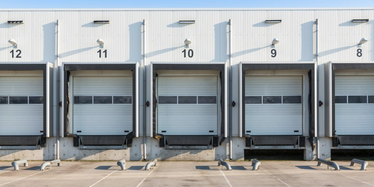 Loading Dock Safety and Efficiency Tips