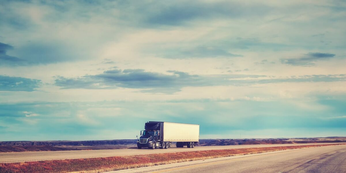 Summer Driving Tips for Truckers