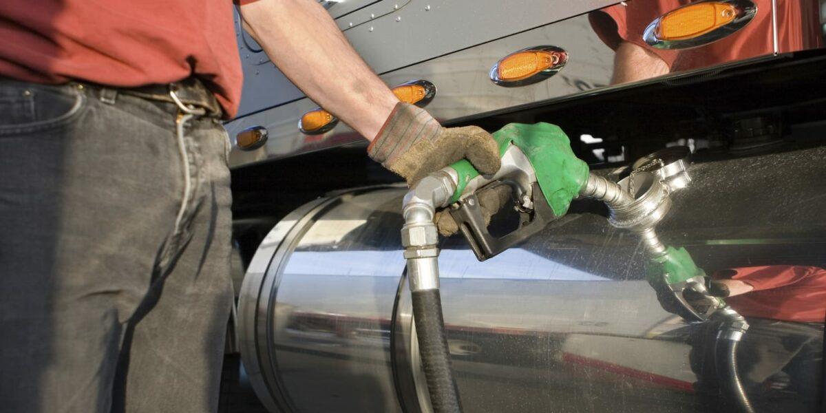 How to Improve Semi-Truck Fuel Economy