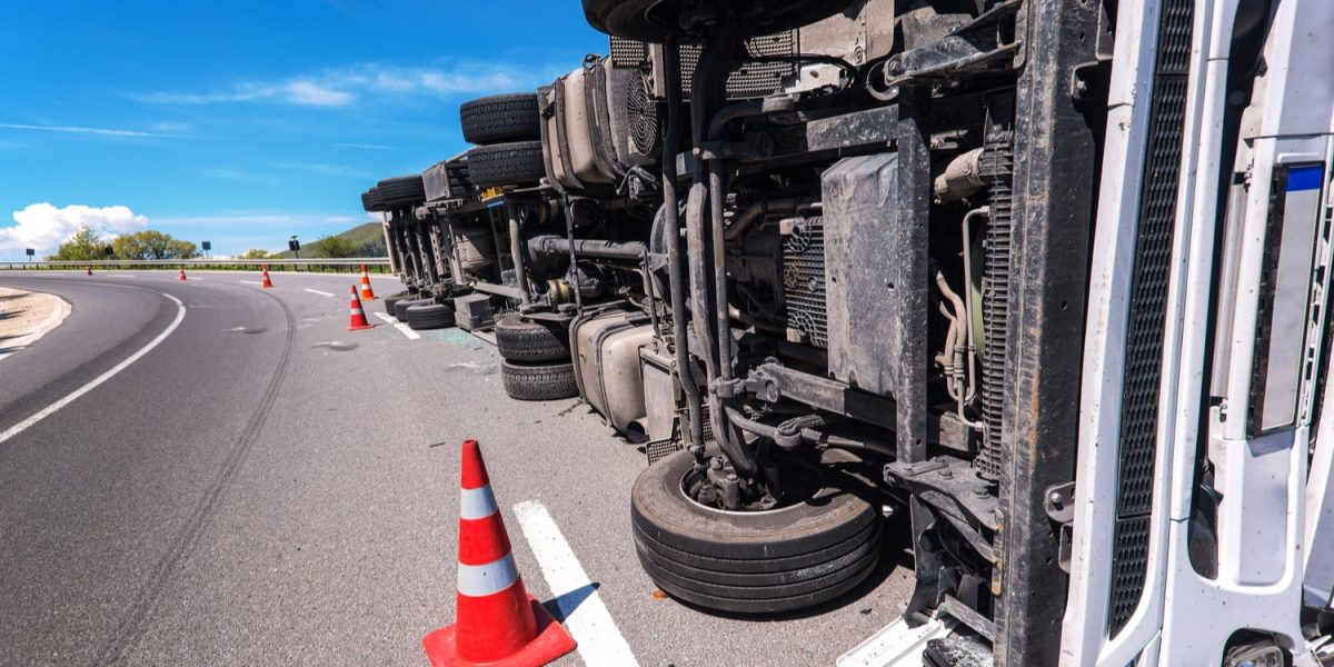 How to Avoid Common Trucking Accident Causes